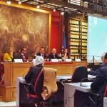 Al tavolo: Caterina Liotti (CDD), Gianpietro Cavazza (v.sindaco di Modena), on.Ettore Rosati (v.presidente della Camera),Francesco Zarzana (regista), Claudia Campagnola (attrice)