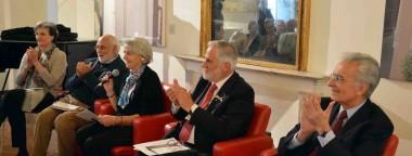 Convegno mantenimento monumenti e lapidi a Perugia con il presidente Anmig Claudio Betti